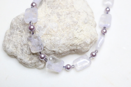 purple necklace, lavender necklace, lilac necklace, beaded necklace, stone necklace, costume jewelry, fashion jewelry