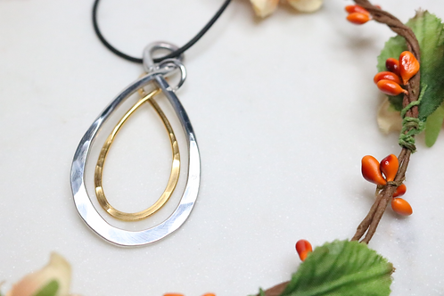 pendant, necklace, jewelry, gold pendant, silver pendant, hoop pendant, fashion jewelry, fashion accessory, costume jewelry,