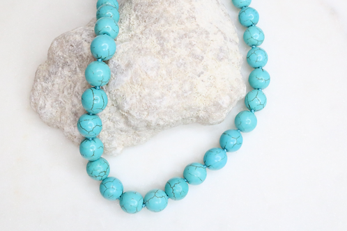 necklace, turquoise necklace, costume jewelry, statement piece, fashion accessories, beaded necklace, stone necklace