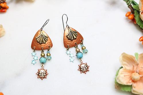 earrings, dangling earrings, sunny earrings, whimsical earrings, fashion jewelry, costume jewelry, dangling earrings, fashion