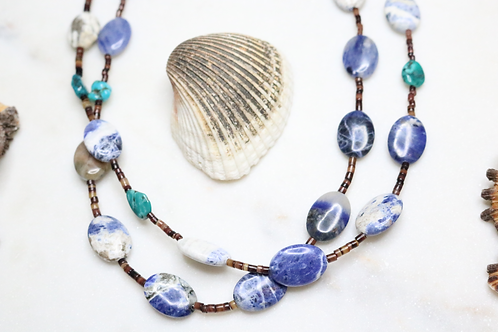 necklace, beaded necklace, stone necklace, blue necklace, jewelry, costume jewelry, statement piece, fashion accessory