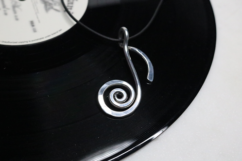 pendant, necklace, silver pendant, musical pendant, music pendant, ladies jewelry, online jewelry, womens jewelry,fashion