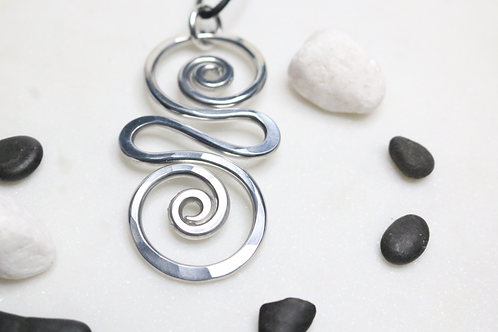 pendant, necklace, silver pendant, silver jewelry, costume jewelry, dangling pendant, online jewelry, jewelry for women