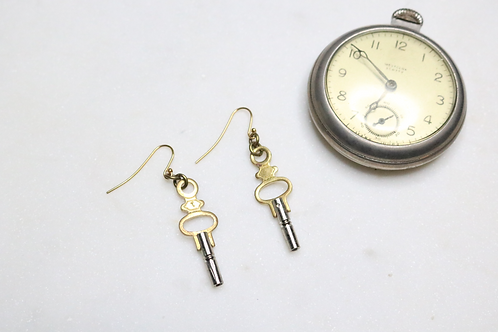 earrings, key earrings, jewelry, costume jewelry, fashion accessory, fashion jewelry, silver earrings, gold earrings