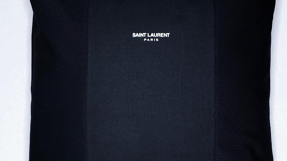 Coussin upcyclé Saint Laurent