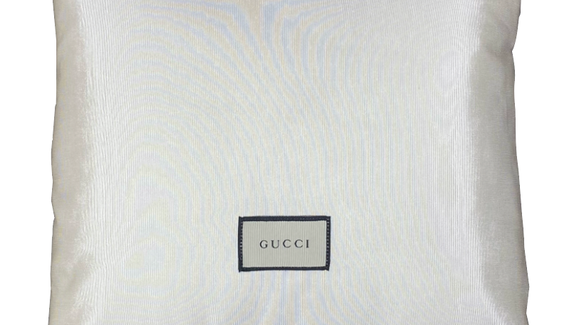 Coussin upcyclé Gucci