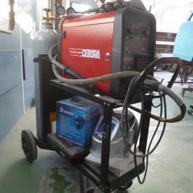 超高張力鋼板対応ミグ溶接機