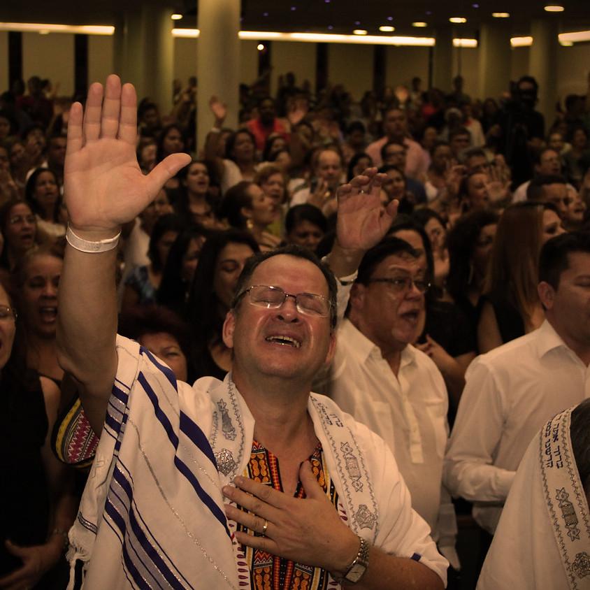 Conferência de Intercessão e Adoração