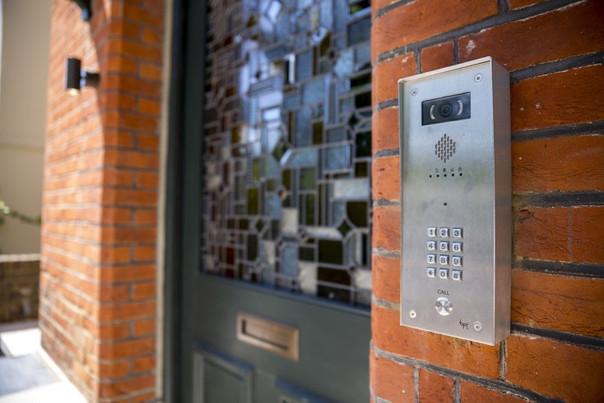 7_Front_Door_with_BPT_Door_Entry_London.jpg