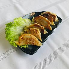 Homemade Yaki Gyoza $6