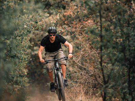 La vie, c'est comme la bicyclette, il faut avancer pour ne pas perdre l'équilibre.   Albert Einstein