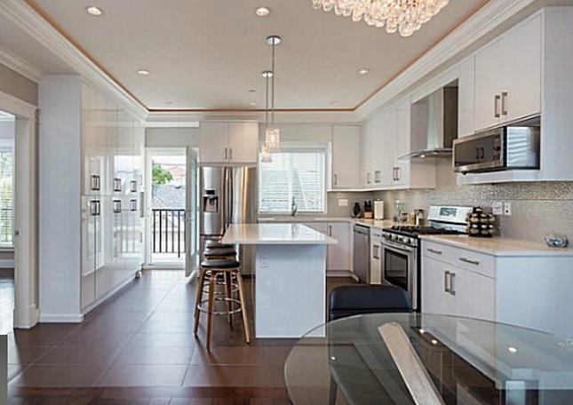Cambie Oakridge New House Suite A