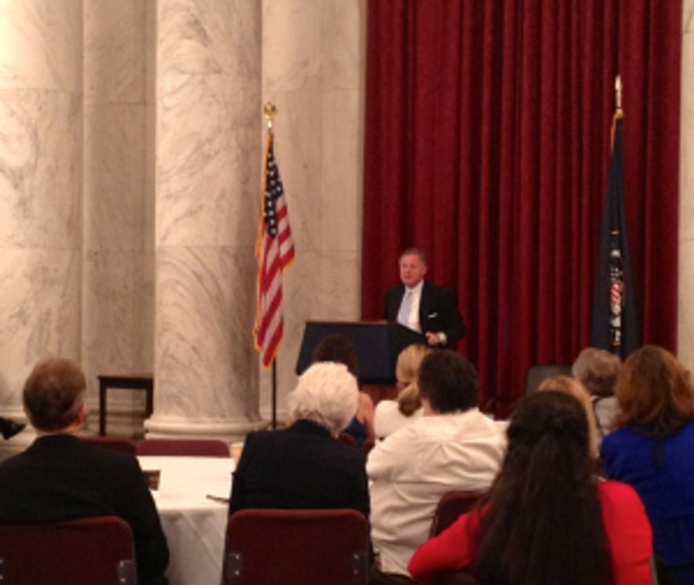 U.S. Senator Richard Burr welcomes NC Realtors to the historic Kennedy Caucus Room on Capitol Hill