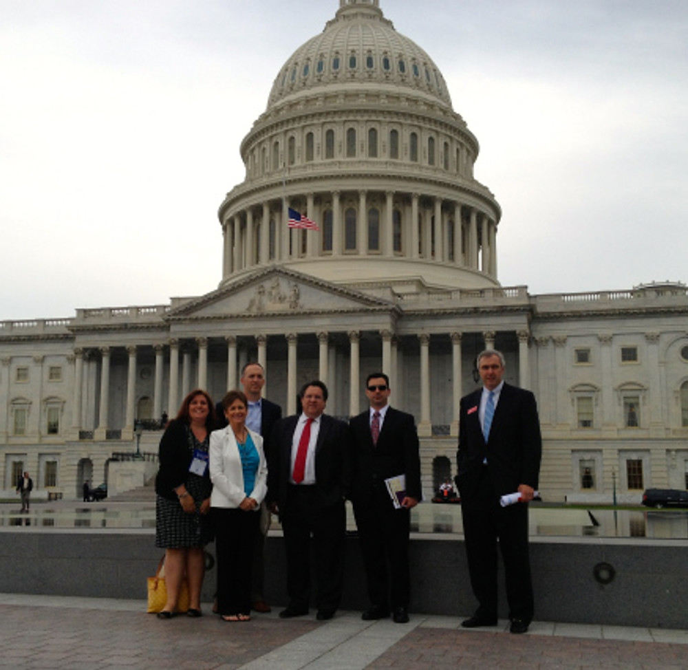 Charlotte REALTORS Jennifer Frontera, Alison Royal-Combs, Joe Rempson, Eric Locher, Scott Wurtzbacher & Paisley Gordon on Capitol Hill for NAR's Legislative Midyear Meetings