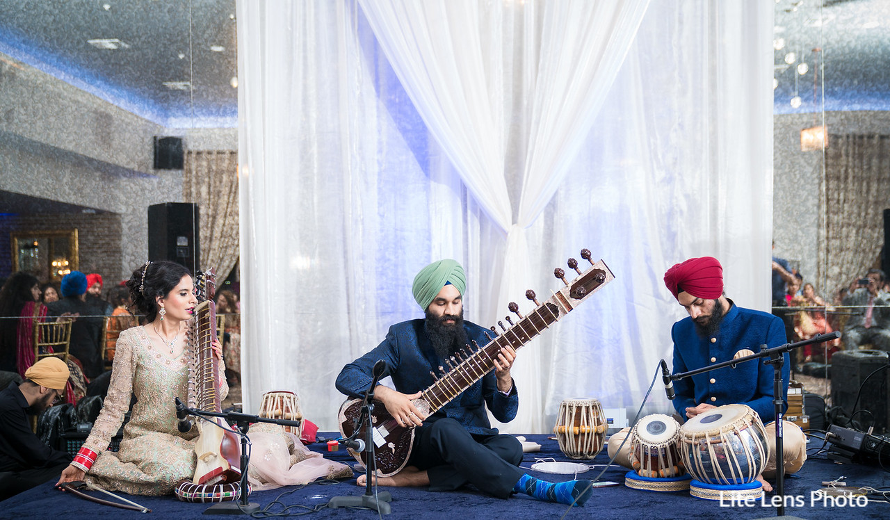 Soni & Gagan: Lite Lens Photography
