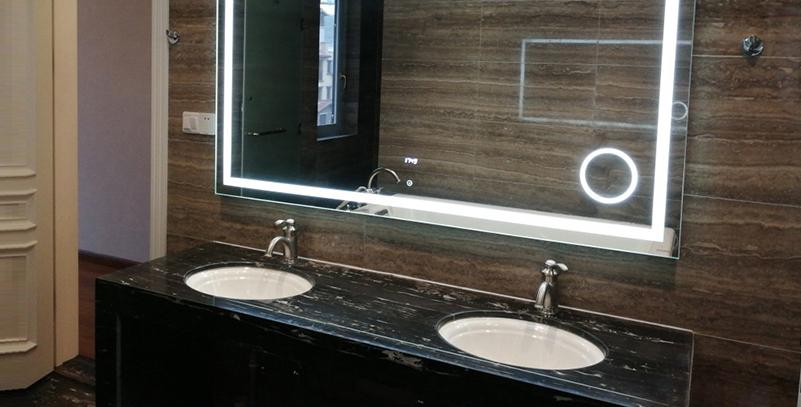 智能浴室掛镜 L223-1003