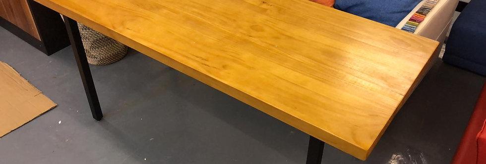 客人訂制_實木松木面金屬腳工作枱