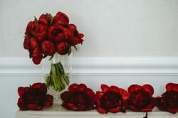 bukiet ślubny z piwonii burgund