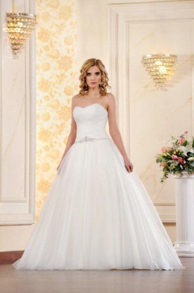 Suknia ślubna ADESSO 2016 model Doris