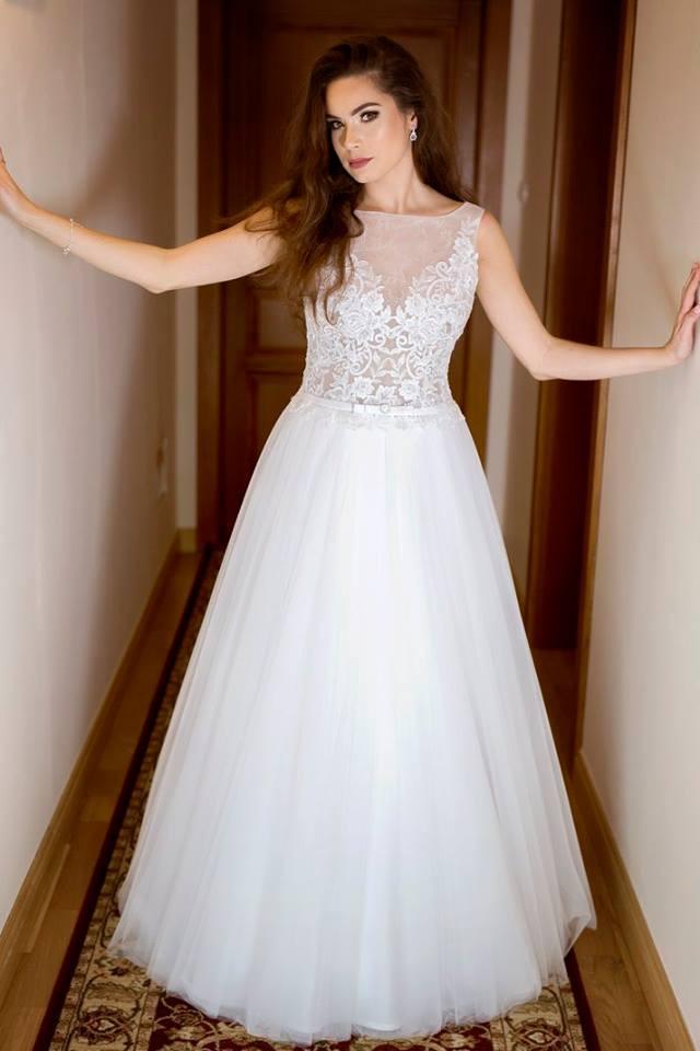 Suknia ślubne ADORA kolekcja BASILE model B16