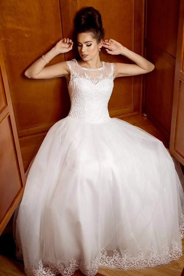 Suknia ślubne ADORA kolekcja BASILE model B10
