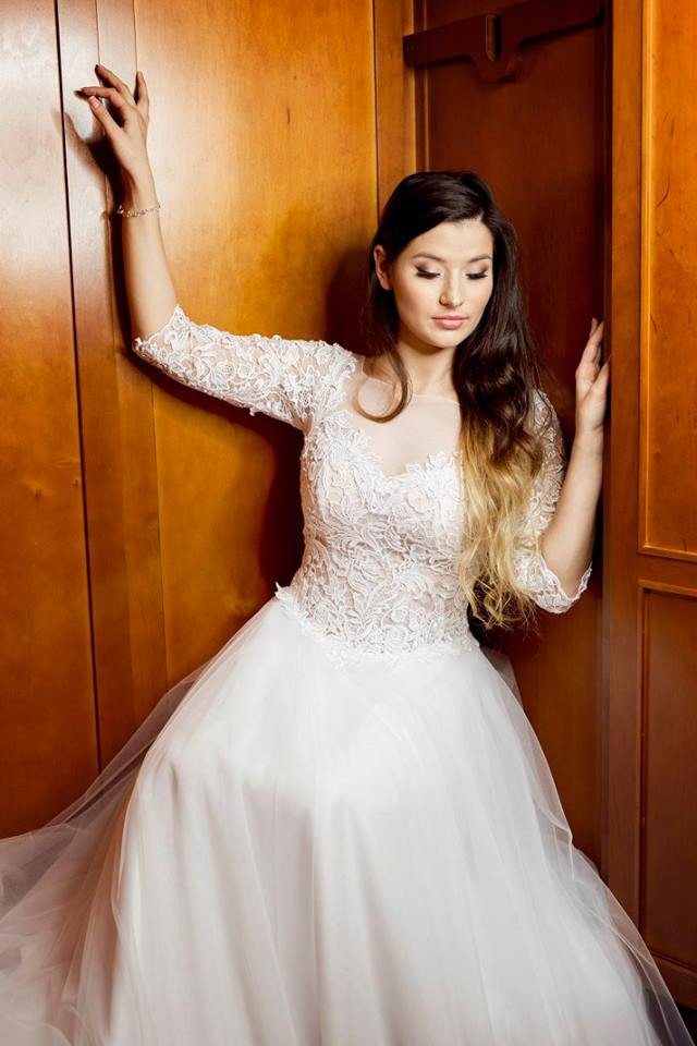 Suknia ślubne ADORA kolekcja BASILE model B21
