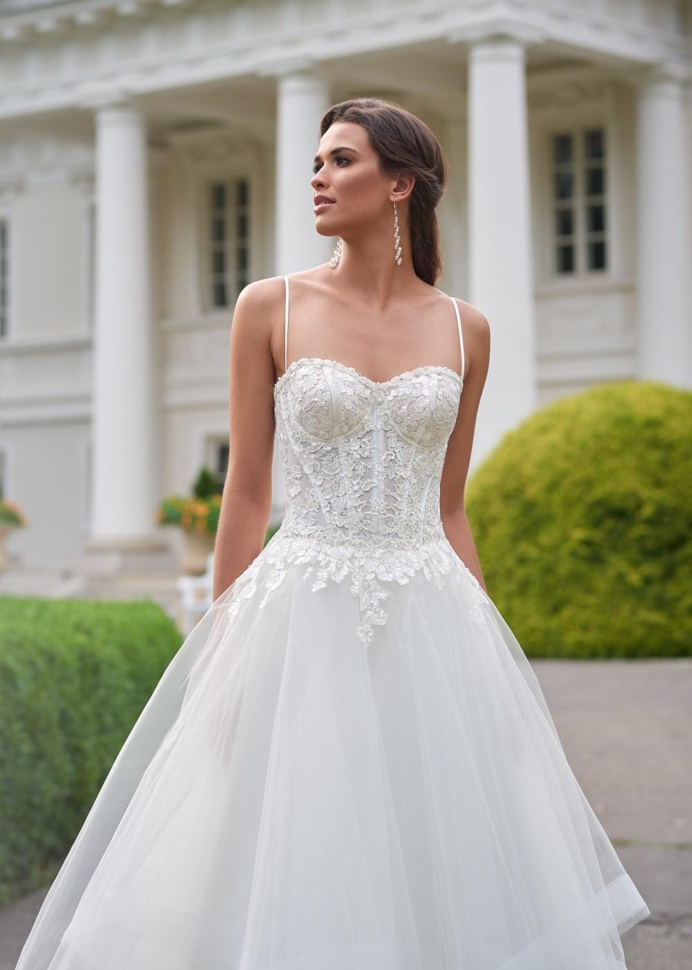 Suknia ślubna Margarett - COLLEZIONE CRISTALLO Calina
