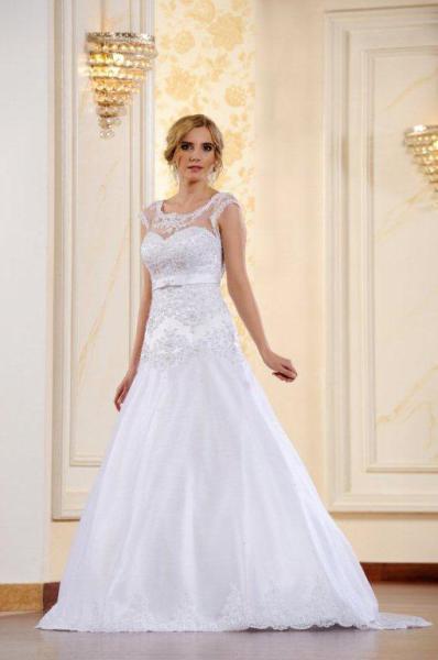 Suknia ślubna ADESSO 2016 model Mia