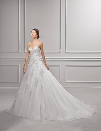 Suknie ślubne Adriana Alier 2018