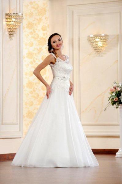 Suknia ślubna ADESSO 2016 model Carmen