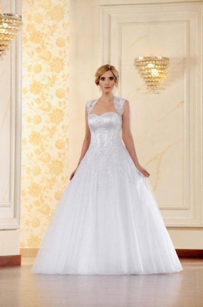 Suknia ślubna ADESSO 2016 model Sonia