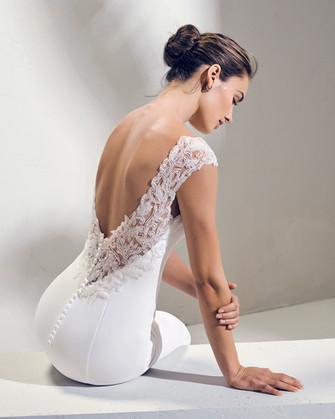 Suknie ślubne Adriana Alier kolekcja 2019
