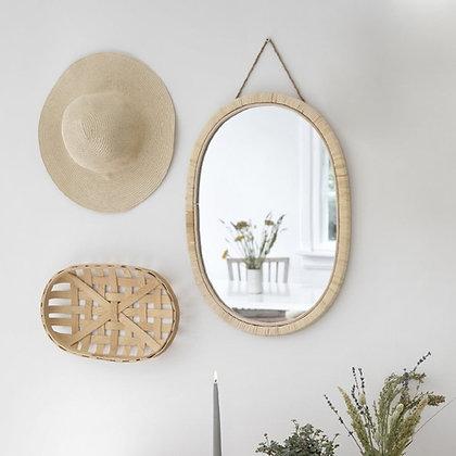 Zrcadlo v přírodním rámu