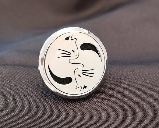 Yin-Yang Kitties Vent Clip