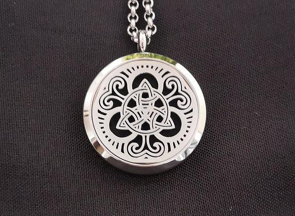 Celtic Knot (L)