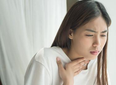 喉の不快感、大丈夫?