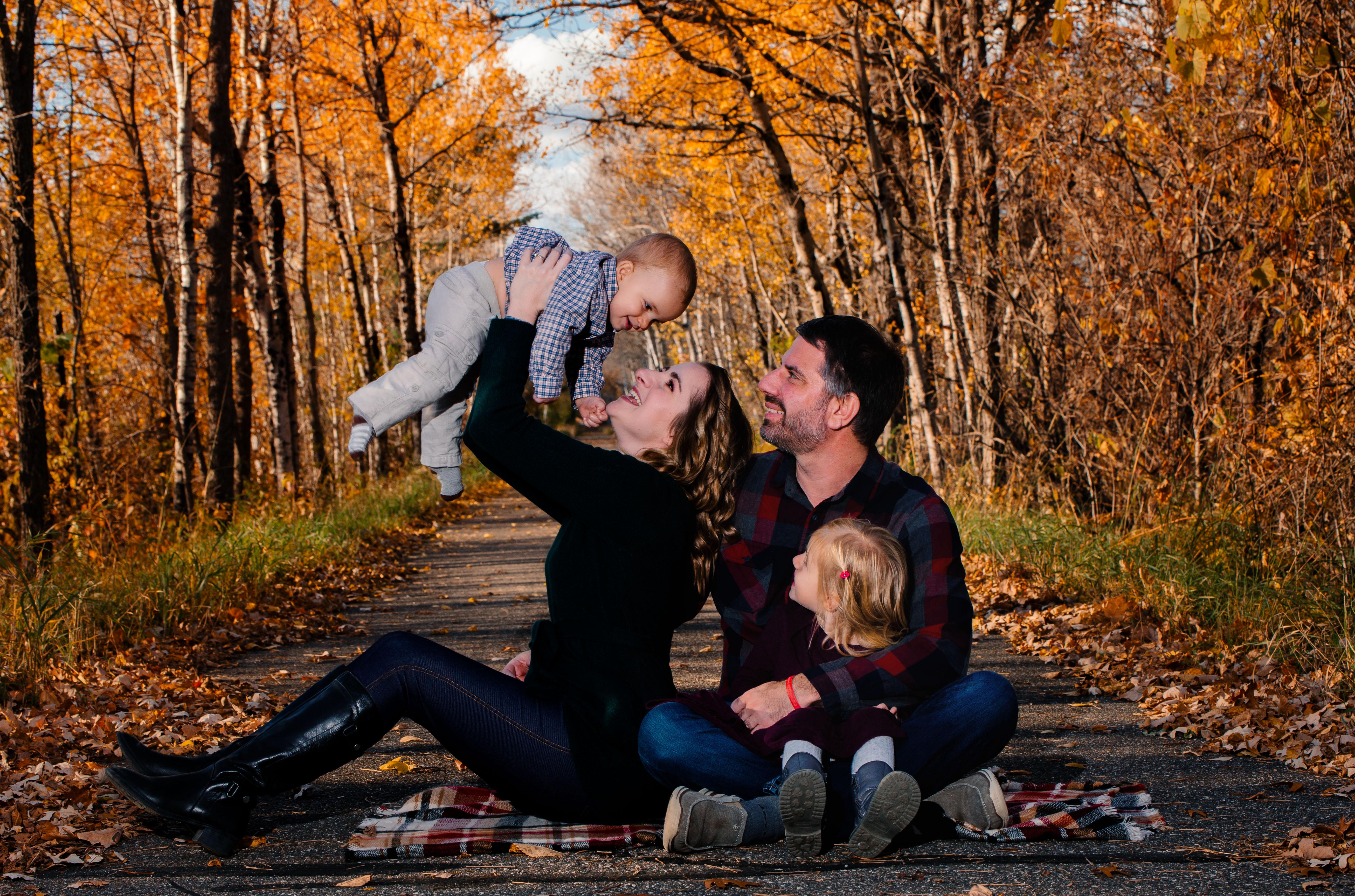 ADOR Photography Lakes Area Family Photo