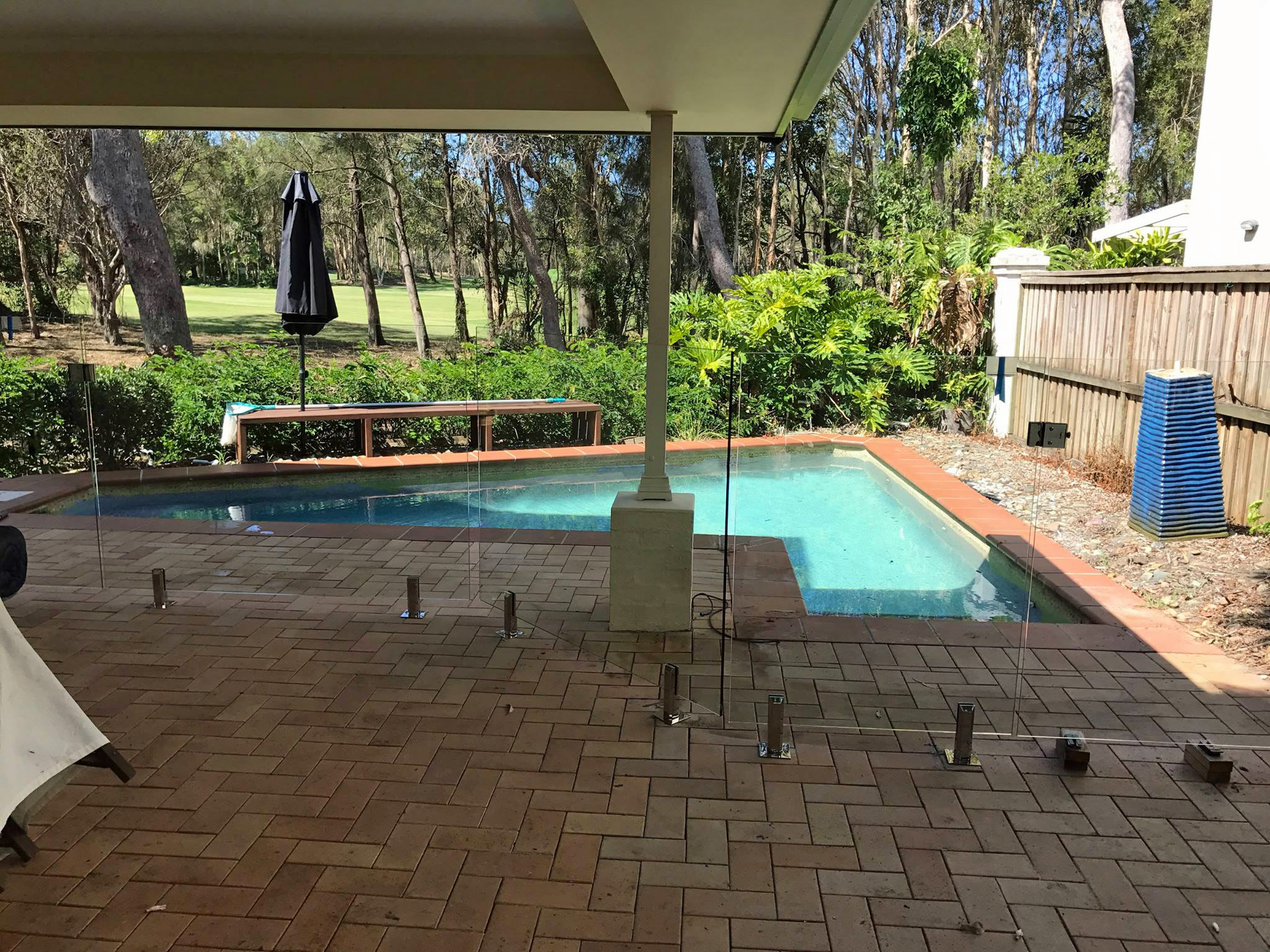Glass Pool fencing specialist sunshine coast 100