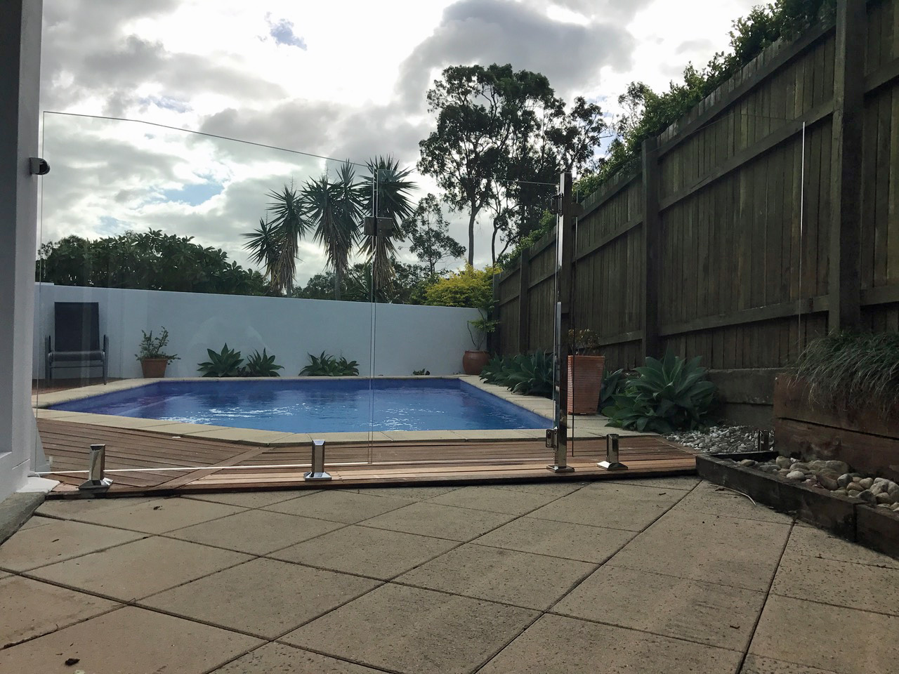 glass pool fencing sunshine coast glass pool fence 15