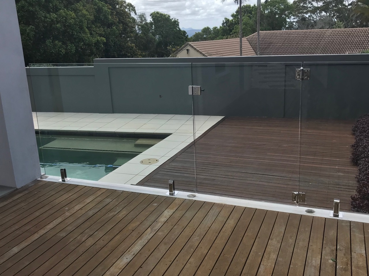 Buderim Glass Pool Fencing