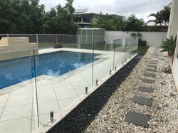 thumbnail_Glass Pool Fence Pelican Waters