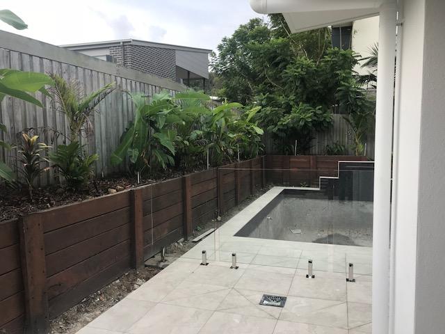 Yaroomba_Glass Pool Fence Peregian Spigots 5