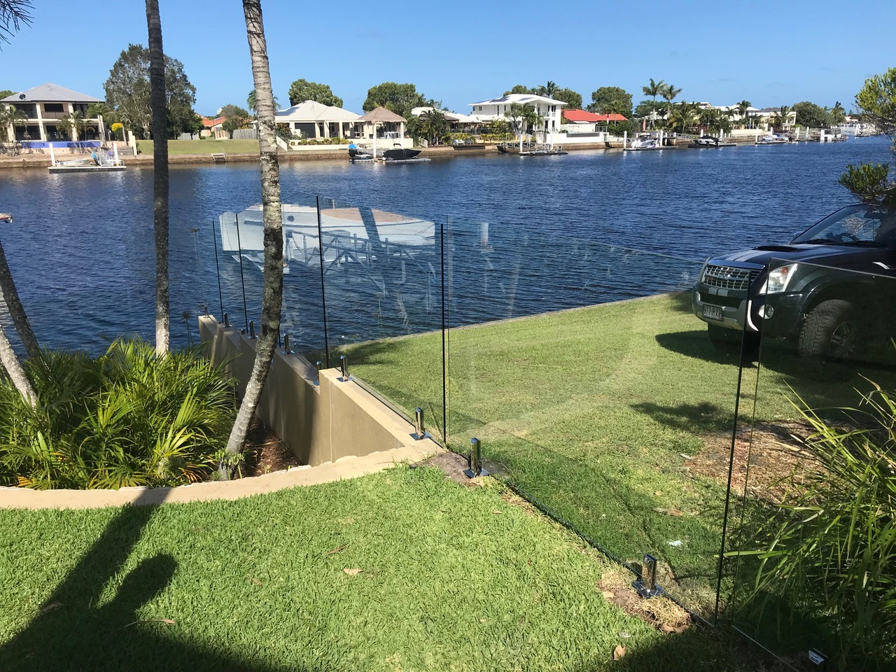 Pelican Waters glass pool fencing sunshine coast