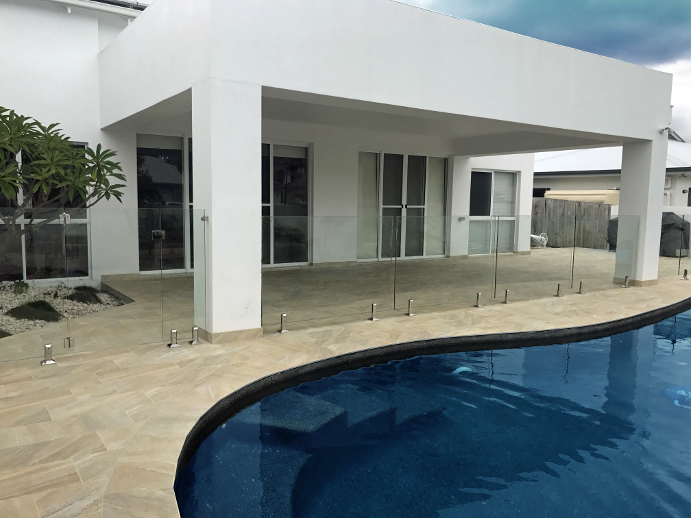 glass pool fencing sunshine coast 123