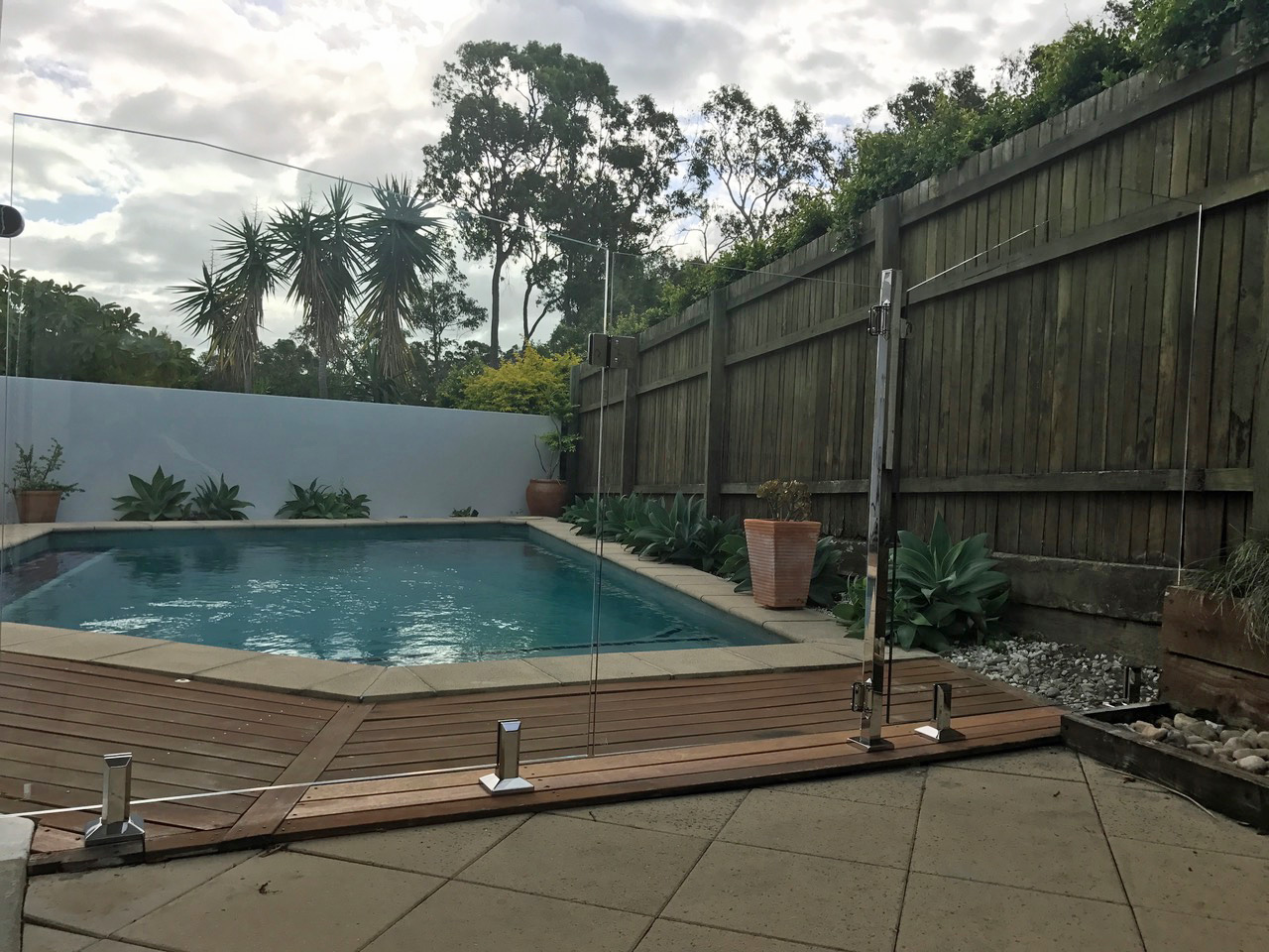 glass pool fencing sunshine coast glass pool fence 17