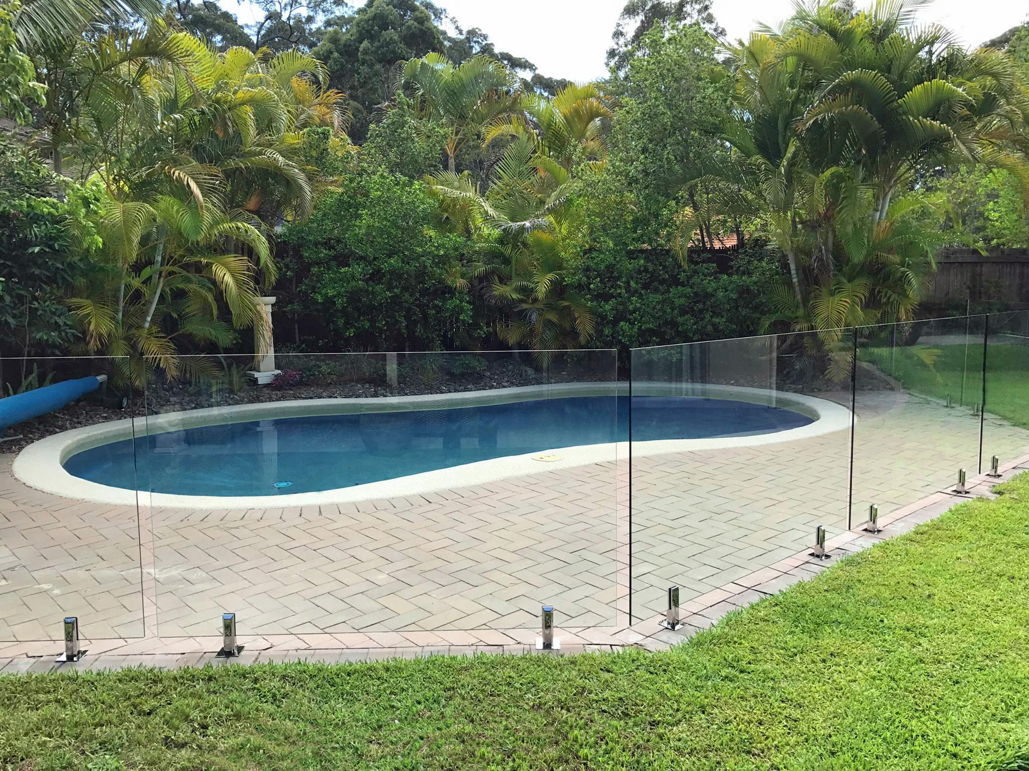 Glass Pool fencing specialist sunshine coast 104