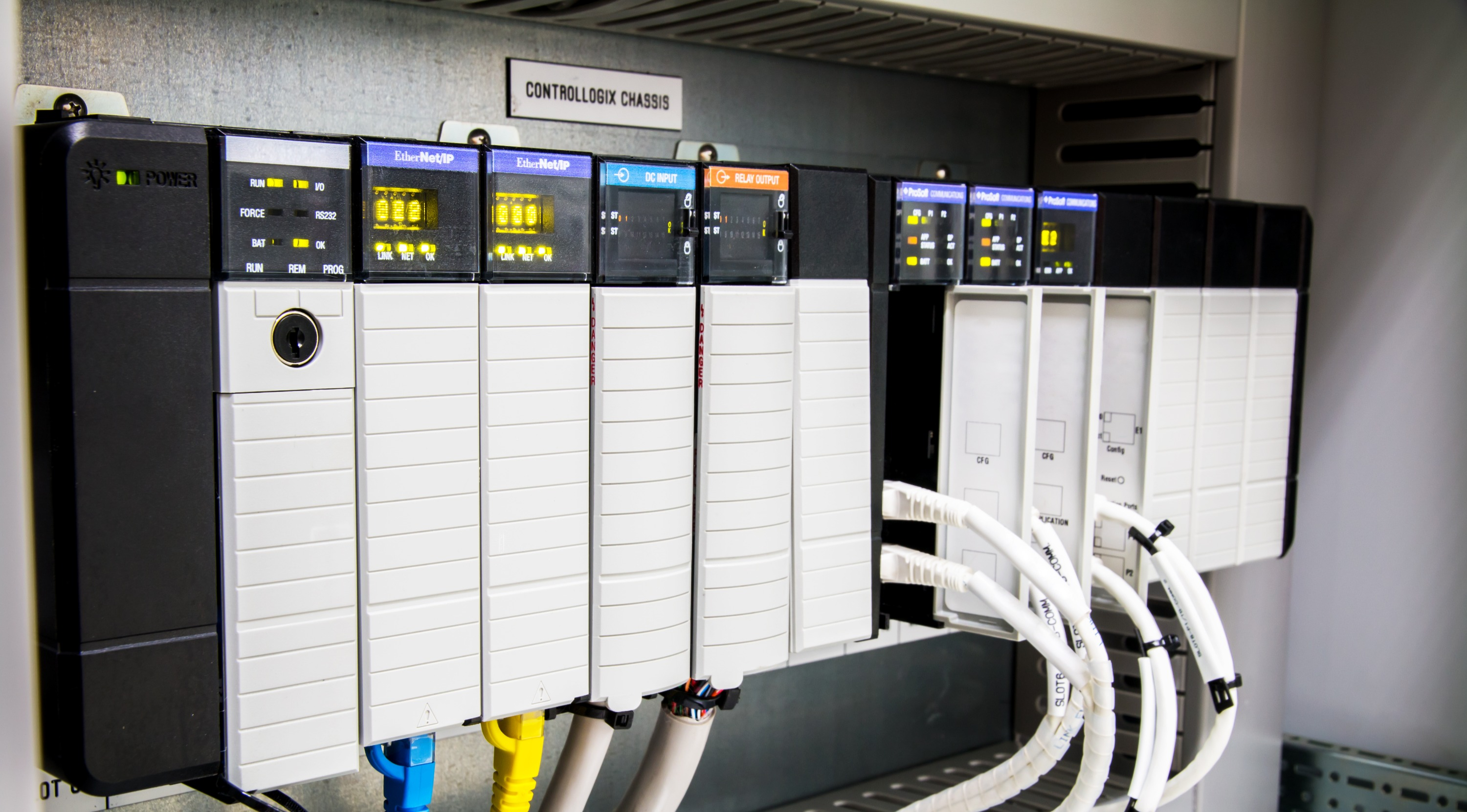 The%20PLC%20Computer%2CPLC%20programable