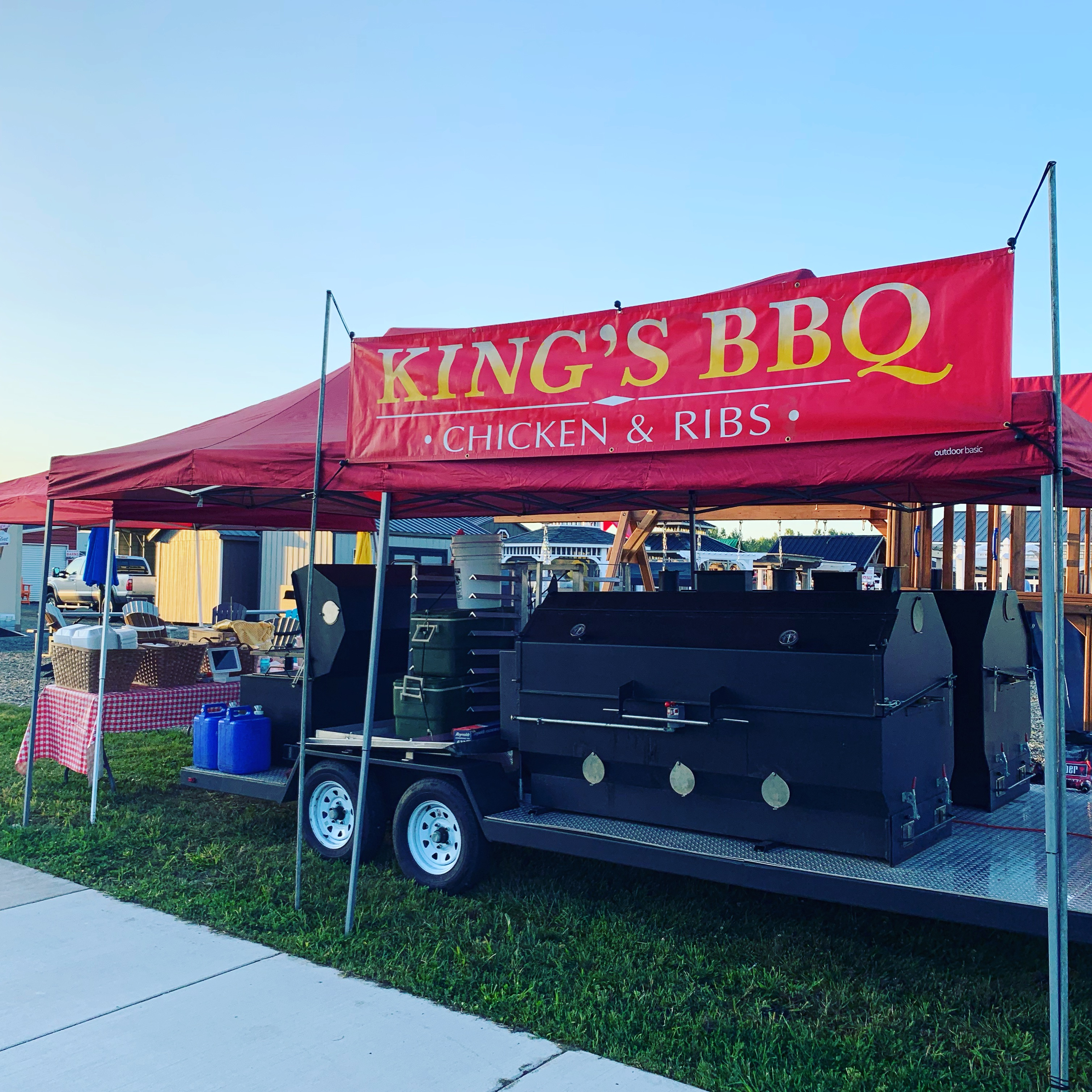 King's BBQ out retailing
