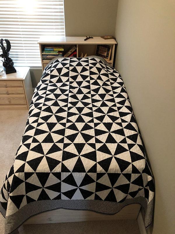 quilt white and black.jpg