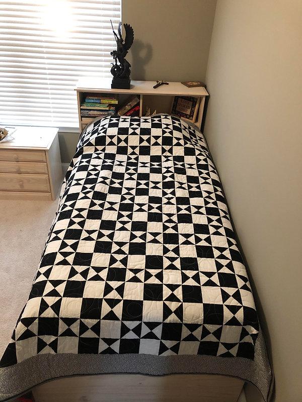 quilt black and white.jpg